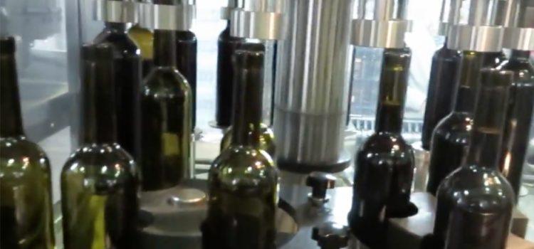 Wijn bottelen